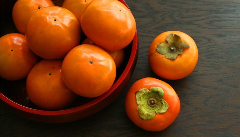秋の季語「柿」